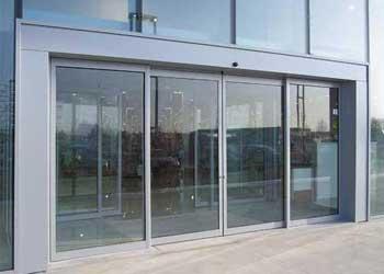 سیستم های حفاظتی ، ایمنی و امنیتی - نصب درب اتوماتیک شیشه ای